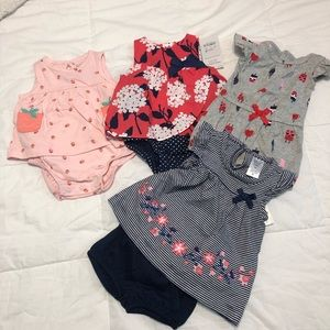 CARTER'S NB BABY CLOTHES💗